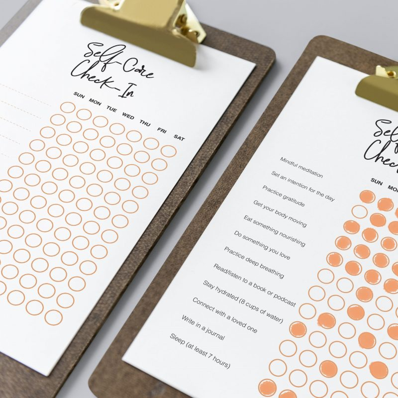 Self-care free printables daily weekly prompts checklist checkin